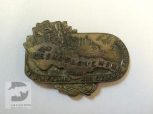A Czech Second World War cap badge