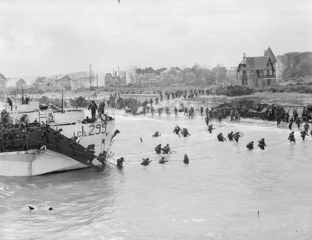 Canadian troops land at Bernières-sur-mer on Juno Beach.