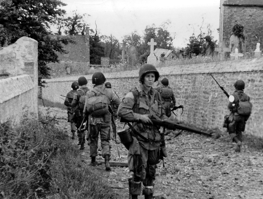 Soldiers of 82nd US Airborne Division at Sainte-Mère-Église on D-Day.